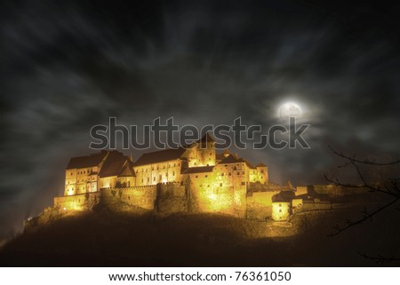 Castle of Burghausen by night