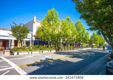 Castro Street in downtown Mountain View, California, USA.  Morning sunshine.
