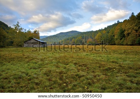 Cataloochee Valley and Caldwell Barn in Great Smoky Mountains National Park. North Carolina, United States.