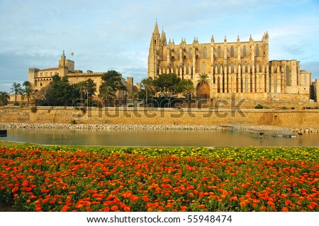 Cathedral and La Almudaina Palace in Palma de Mallorca, Spain