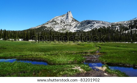 Cathedral Lake area at Yosemite National Park