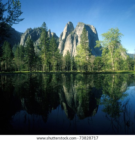 Cathedral Rock, Yosemite National Park