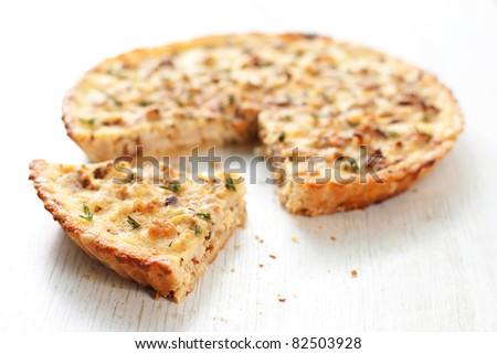 cauliflower and caramelized onion tart
