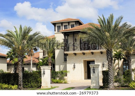 Cayman Island executive home in high end country club