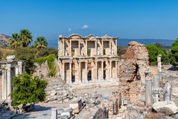 Celsius Library in ancient city Ephesus (Efes). Most visited ancient city in Turkey. Selcuk, Izmir, Turkey.