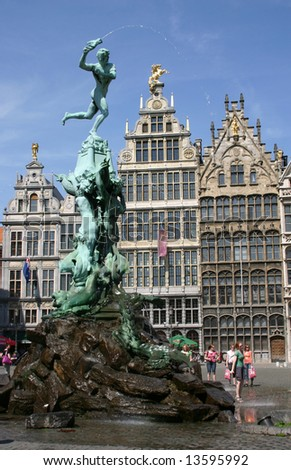 center of antwerp