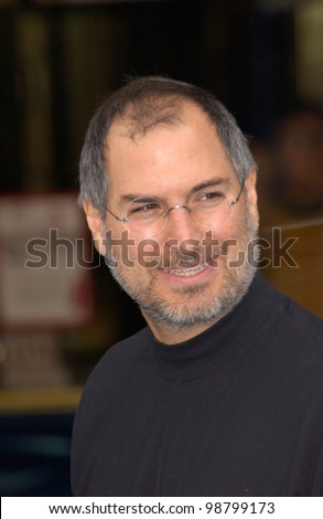 CEO and founder of Apple Computers & Pixar boss, STEVE JOBS, at the world premiere of Disney/Pixar's Monsters, Inc., at the El Capitan Theatre, Hollywood. 28OCT2001.   Paul Smith/Featureflash - stock photo
