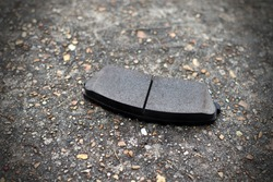 Ceramic brake pads for truck rotors