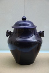 Ceramic pot is a kind of porcelain in ancient China.