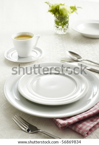 Ceramic tableware and cutlery