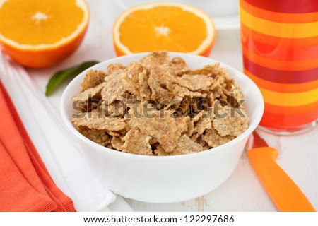 cereals with orange and orange juice