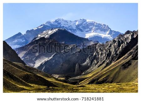 Shutterstock Cerro Aconcagua - Mendoza