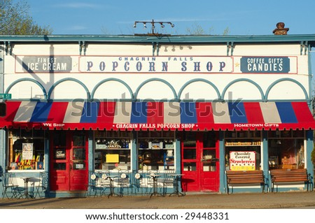 CHAGRIN FALLS, OH - APRIL 25: The Popcorn Shop, a popular attraction for many decades prepares for another day's business on April 25, 2009 in Chagrin Falls, OH.