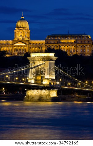 Chain bridge and castle Budapest, Hungary