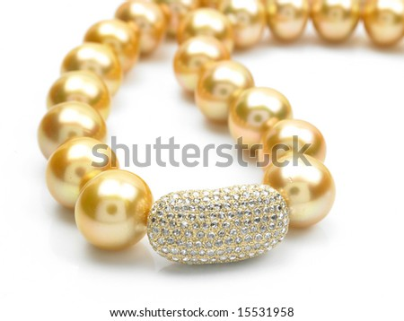 chain with Diamond and pearls