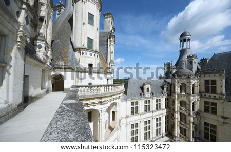 CHAMBORD, FRANCE - AUGUST 16: Castle on August 16, 2012 in Chambord: Built as a hunting lodge for King Francois I, this castle is the largest and most frequented of the Loire Valley.