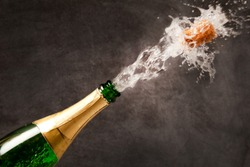 champagne bottle (splash)
