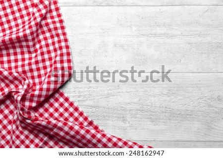 checkered tablecloth red