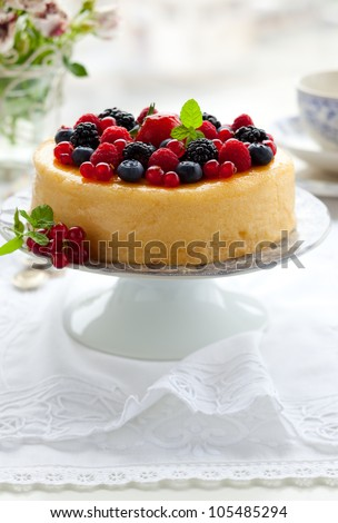 Cheesecake With Mixed Berries