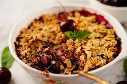 Cherry crisp - cherries oats bake