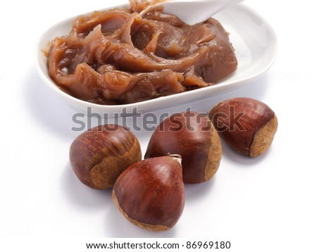 Chestnuts and chestnuts cream