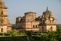 Chhatris, funerary monuments dedicated to royalty from the 16th and 17th century in Orchha, Madhya Pradesh, India.