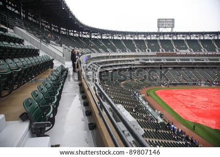 CHICAGO - APRIL 25: A rain delay at U.S. Cellular Field before a White Sox baseball game on April 25, 2010 in Chicago, Illinois. The stadium has a capacity of 40,615, and has 103 luxury suites.