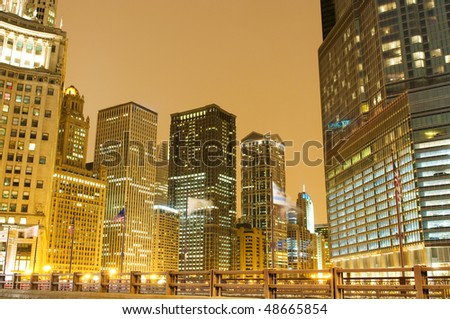 Chicago downtown area at night