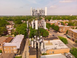 Chicago 4G LTE, 5G, lattice & monopole towers located in the inner city. These cell towers can have cells sites, microwave, 2 way radio antennas and  trunked systems.