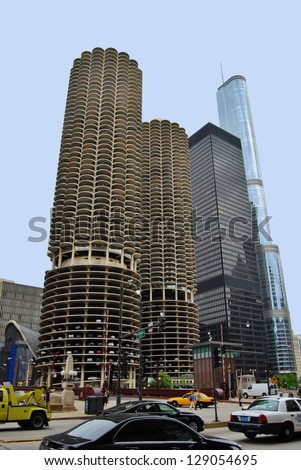 CHICAGO, IL - JUNE 25: Marina City Complex, and Modern Buildings on June 25 , 2011 in Chicago,USA. Apartments, offices, restaurants, banks, theater 18 stories of parking space at Downtown Chicago