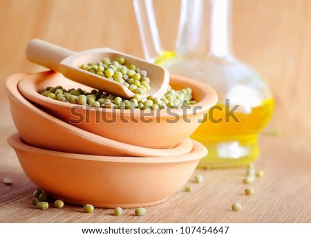 chick peas in ceramic bowls