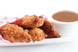 chicken fingers with plum sauce dip