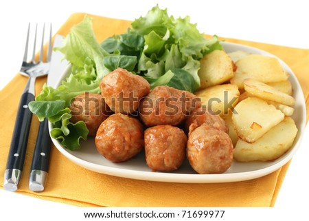 chicken meatballs with fried potato
