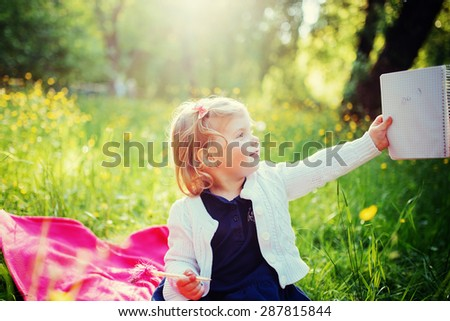 child on picnic #287815844