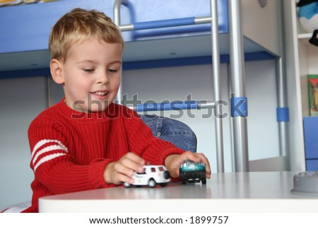 child play with cars