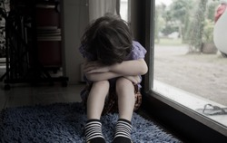 child was bullied, kid sad and unhappy, asian child was crying, upset, feel sick