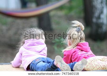 children #747360118