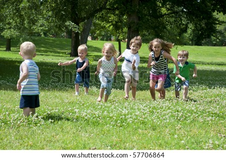 Children At Play On A Sunny Day In The Park Stock Photo 57706864 ...
