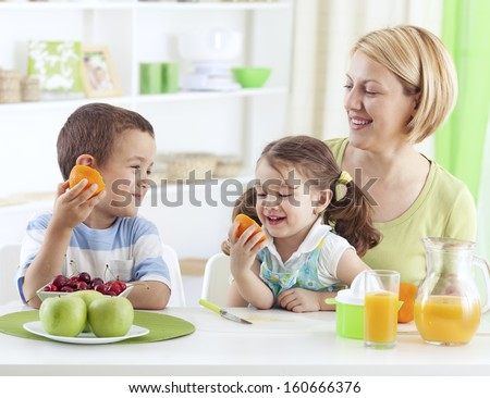 Children eating healthy breakfast
