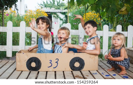 children play in the car