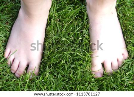 children`s feet child feet barefoot #1113781127
