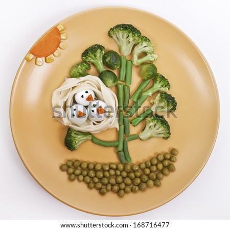 "Children's meal ""Tree with birds in the nest"""