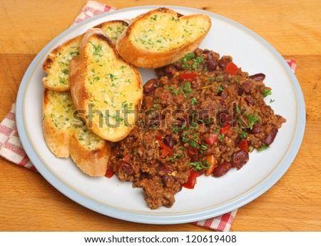 Chilli con carne with garlic bread.