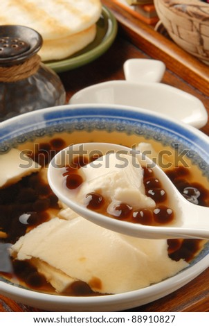 Chinese dessert, Tofu pudding with tapioca ball