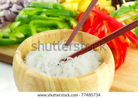 Chinese rice noodles with vegetable ingredients