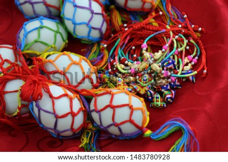 Chinese traditional tradition of the Dragon Boat Festival eating duck eggs