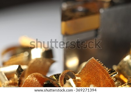 chips on the background of the turning tool