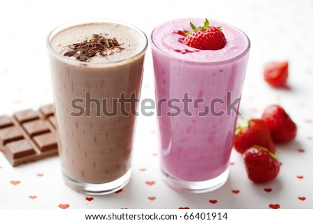 chocolate and strawberry milkshakes