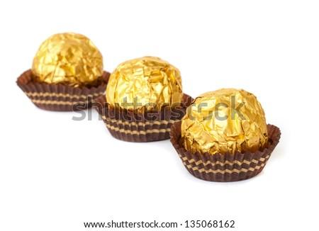 Golden Dark Chocolate Spheres — Recipes Hubs