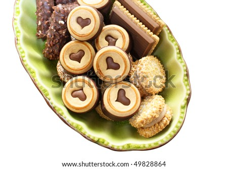 chocolate biscuits in green tray